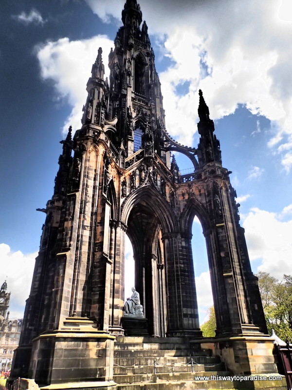book a flight to edinburgh