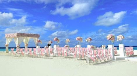 3 Tips for Designing Destination Wedding Invitations