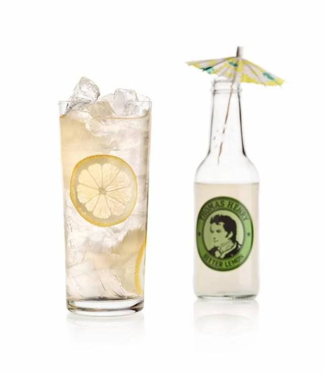 gin lemon der klassiker mit gin und thomas henry bitter lemon. Black Bedroom Furniture Sets. Home Design Ideas