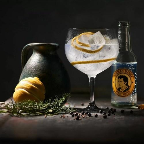 Thomas Henry Signature Drink Gin & Tonic