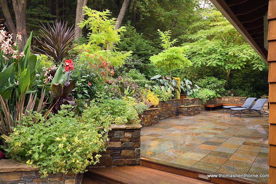 hardscape area with planters