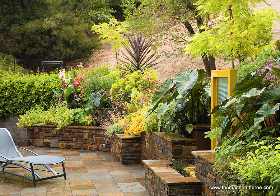 hardscape area with chaise lounge
