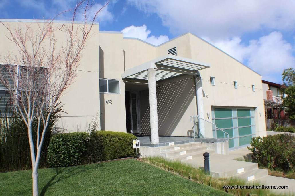 493 Washington Court Tiburon California front of home