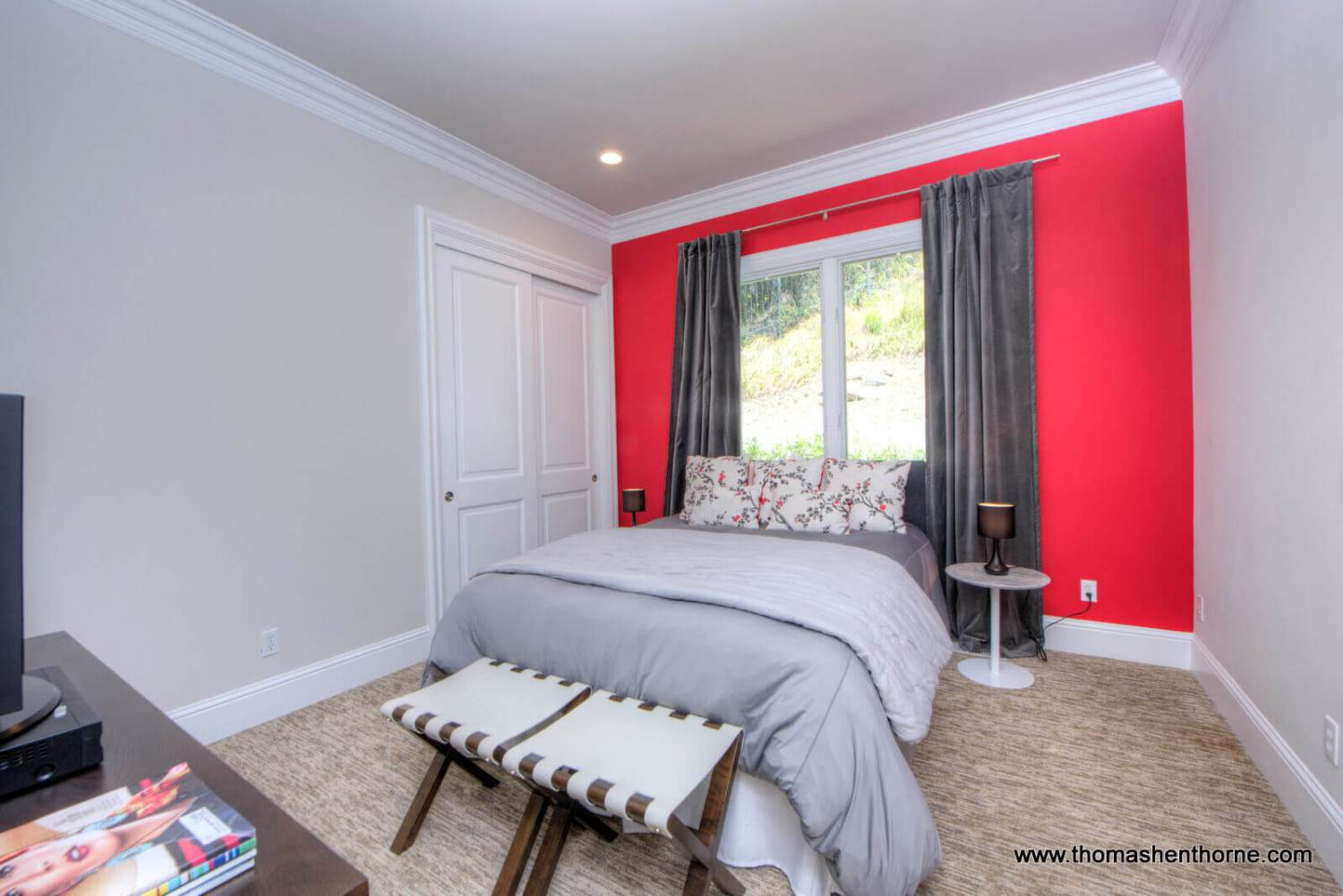Bedroom with red wall