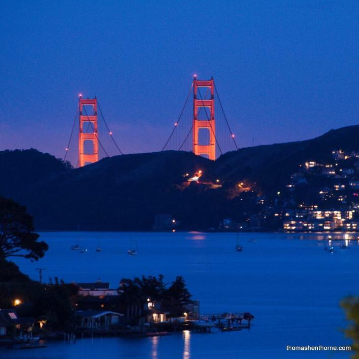 Night view of Golden Gate Bridge