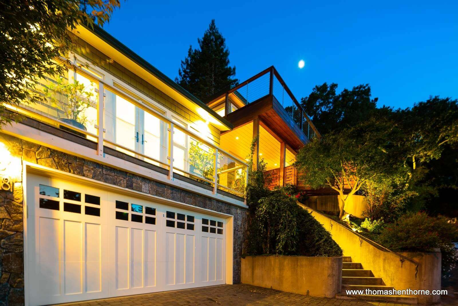 148 Crescent Road in Corte Madera Front at Twilight