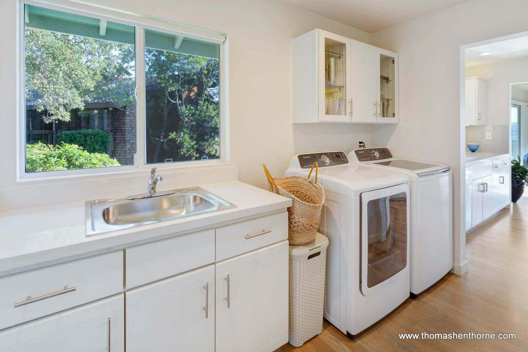 Laundry room with Samsung appliances