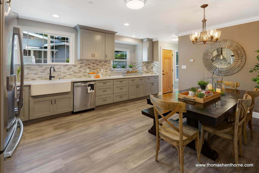 Eat in Kitchen with stainless appliances