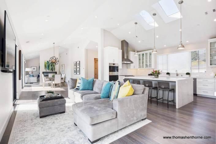 open floorplan kitchen and living room