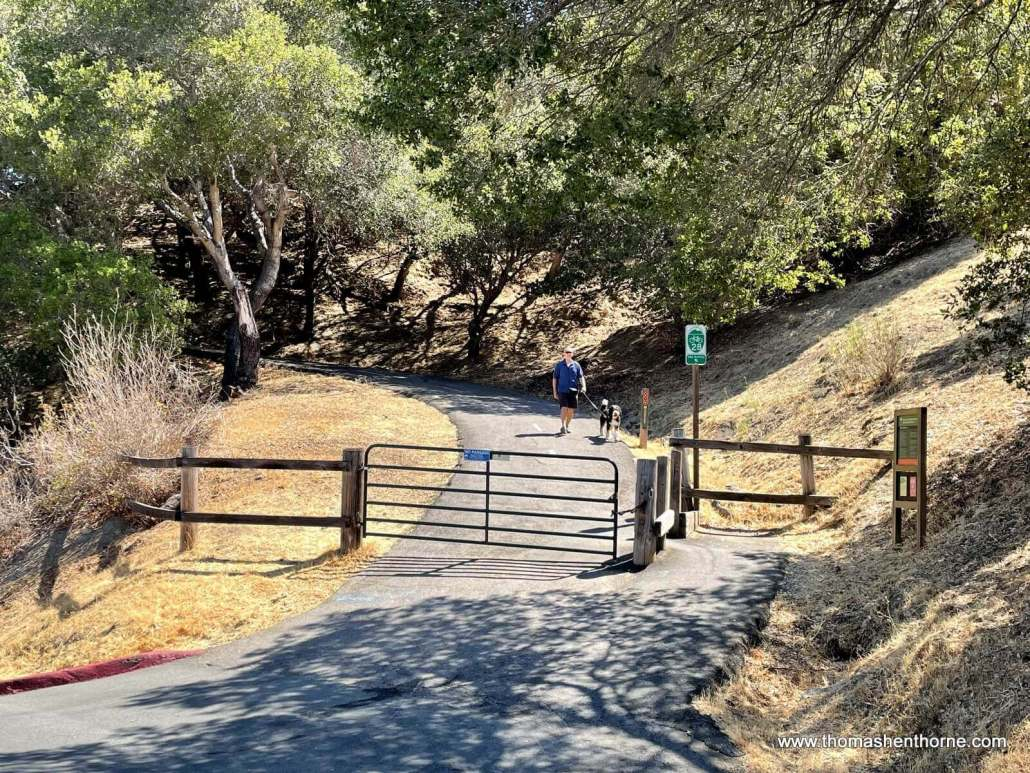 Entrance to Mission Pass Path off Fawn Drive