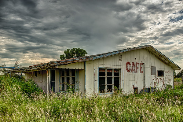 An old road side cafe in Billings, OK.
