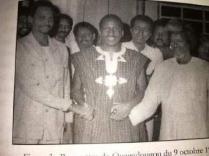 Acheikh Ibn-Oumar 1er à gauche