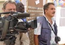 Silvestro Montanaro en tournage (a droite)