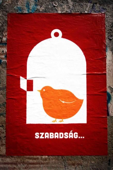 Szabadság heißt Freiheit | Plakat in Budapest © Tom Rübenach