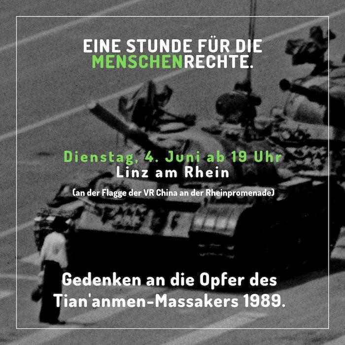 Aufrug zum Gedenken an die Opfer des Tiananmen-Massaker - am 4. Juni 2019 in Linz am Rhein an der chinesischen Flagge