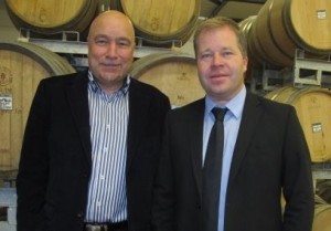 Au temps des sourires, le directeur Roland Vergères, à g., et le président Pierre-Alain Grichting. (Photo Le Nouvelliste)