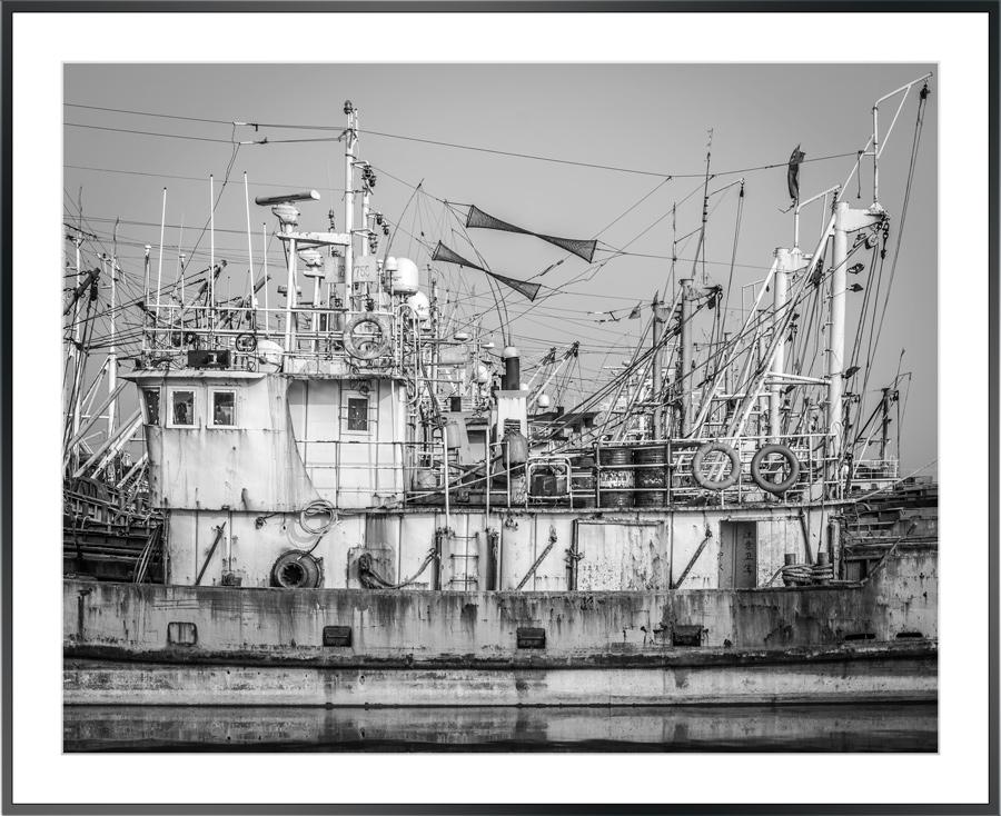 fiskebåtar-svartvitt.jpg