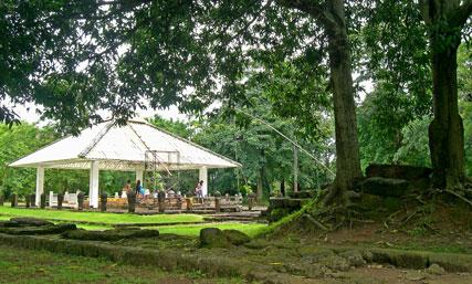 โบราณสถานสระมรกต-ปราจีนบุรี-
