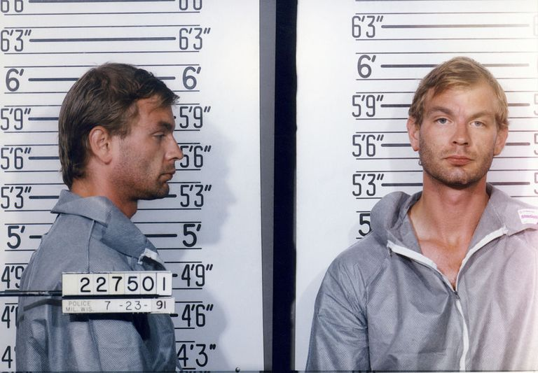 The Life and Crimes of Serial Killer Jeffrey Dahmer