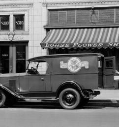 1930 chevy sedan spare tire mount [ 1200 x 900 Pixel ]