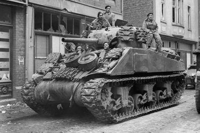m26 pershing tank in