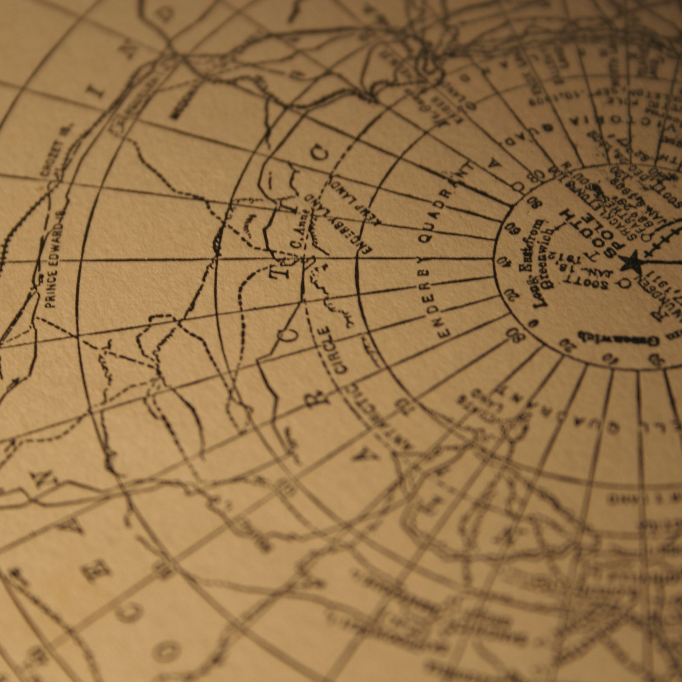 This helps the person reading the map understand where to find certain items. Latitude Or Longitude Which Is Which