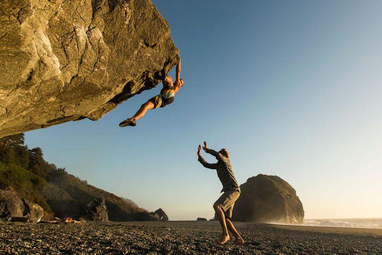 6 Tricks And Tips For Better Bouldering Skills