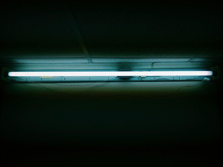 Kumpulan Rangkaian Lampu Emergency Neon atau Fluorescent