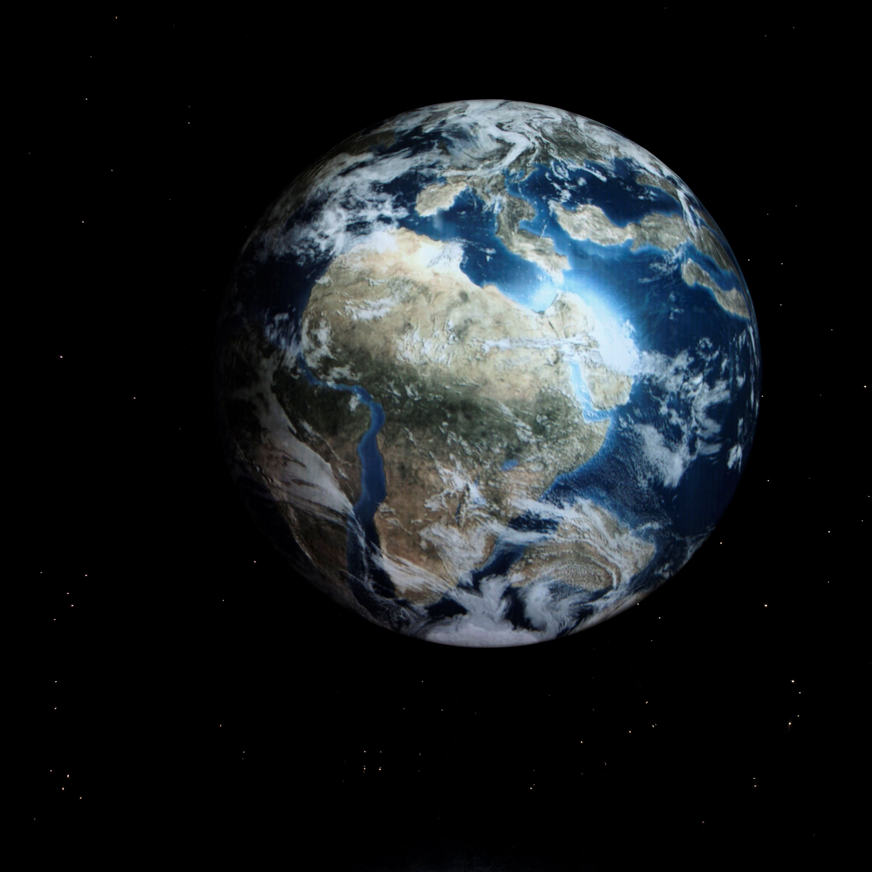 What Is The Exact Shape And Size Of Earth