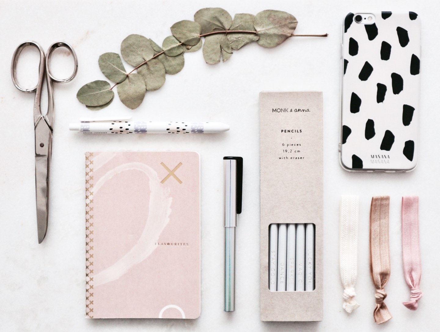 This Is How You Make A Flatlay Like A Boss | Inspiration: Flatlay