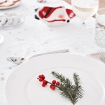 Christmas Dinner Table Decor Featured image