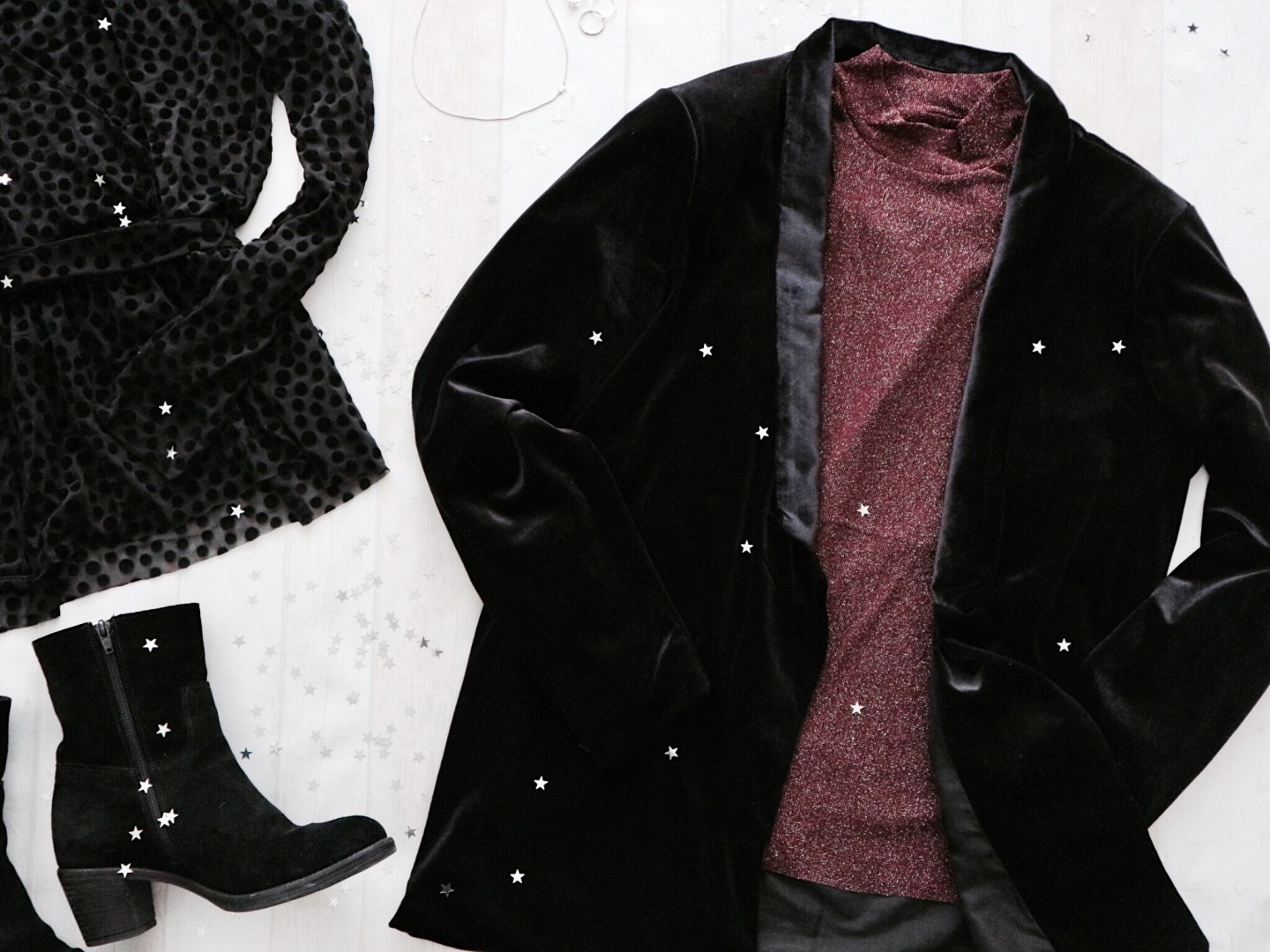 Essentials Christmas Outfit Fashion