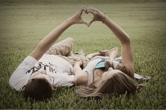 How to Manage Insecurity in Relationships