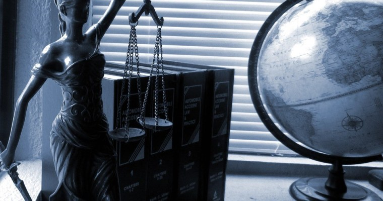 Raise The BAR in Your Life by Becoming a Lawyer