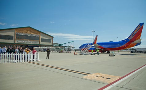 southwest-airlines-branson-terminal