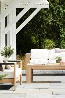 of modern outdoor furniture