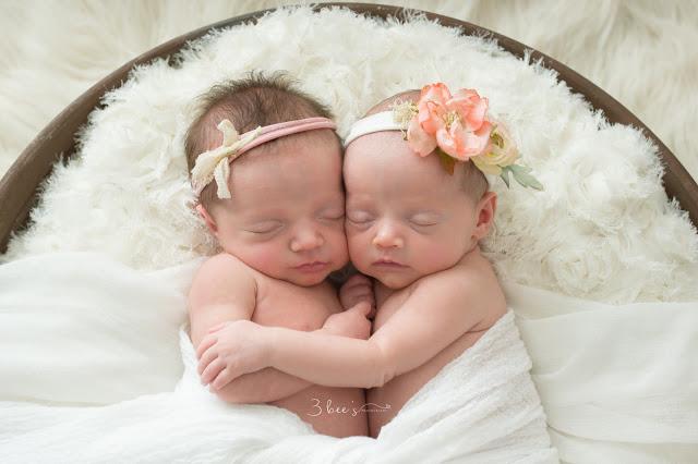Emma & Ellie-Newborn | Fayetteville Newborn Photographer