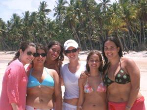 Brazilian girls at Morro de Sao Paulo Beach - Bahia - Brazil