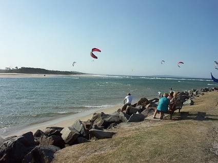 Q09-Kite surfing at Noosa Heads