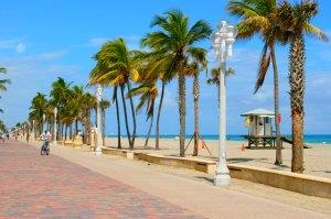 Beginning of Hollywood Beach Boardwalk