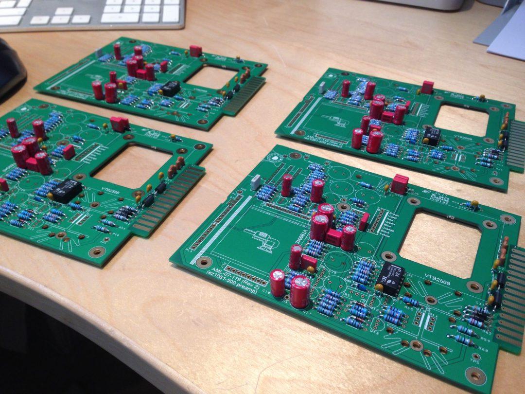 AML ez1081 Mic Pre - Small Components