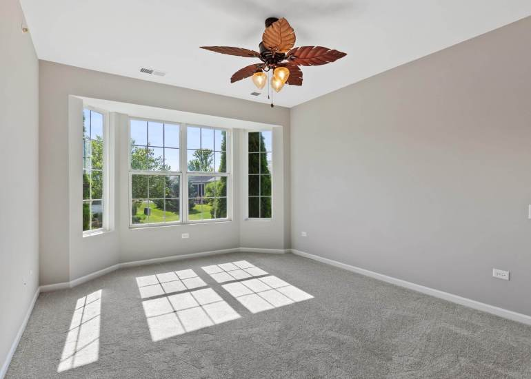 Virtual staging services for real estate photography - empty bedroom before digital staging