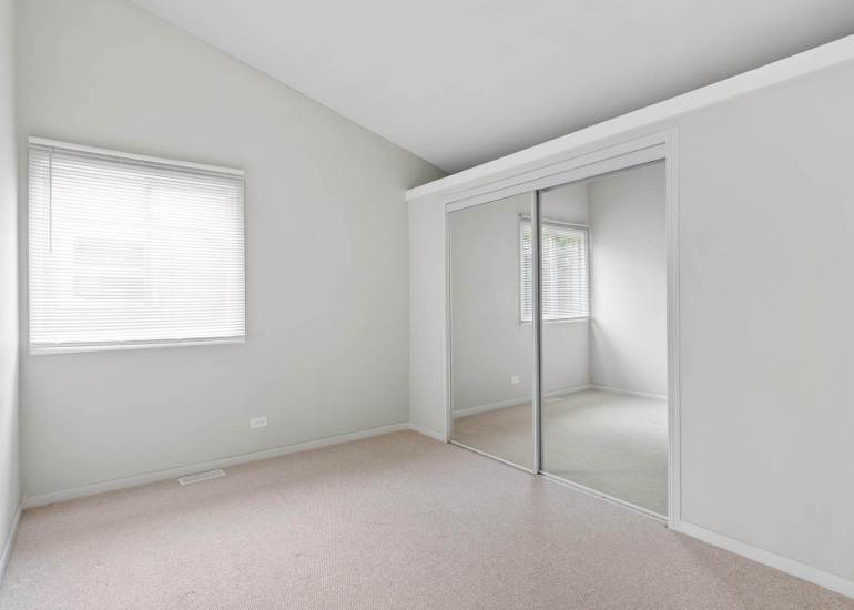 Virtual staging services for real estate photography - empty room before virtual staging