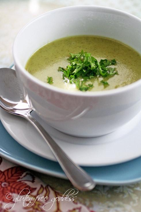 Vegan-Cream-of-broccoli-soup2