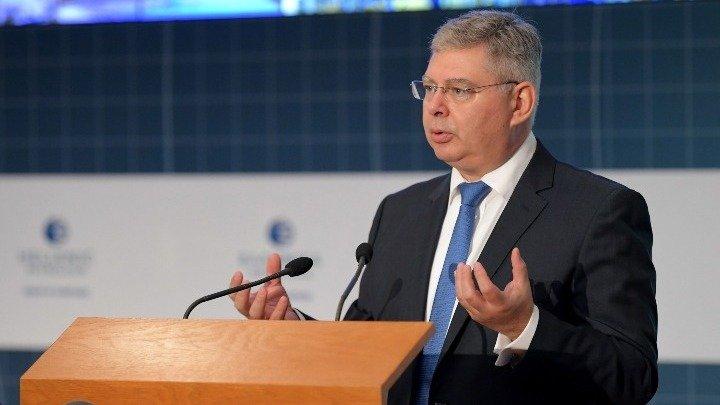 Σιάμισιης: Οι 5 πυλώνες ανάπτυξης των ΕΛΠΕ – Eπενδύσεις έως 4 δισ. ευρώ