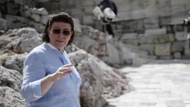 Μενδώνη σε Τσίπρα: «Ελάτε να σας ξεναγήσω στην Ακρόπολη»