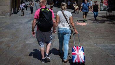 Η Βρετανία ανακοινώνει ταξίδια στην Ελλάδα χωρίς καραντίνα