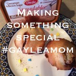 Simply Scrumptious Apple Cinnamon Muffins #GayLeaMom #Giveaway