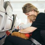 6 Easy Common Sense Tips for Flying with a Baby