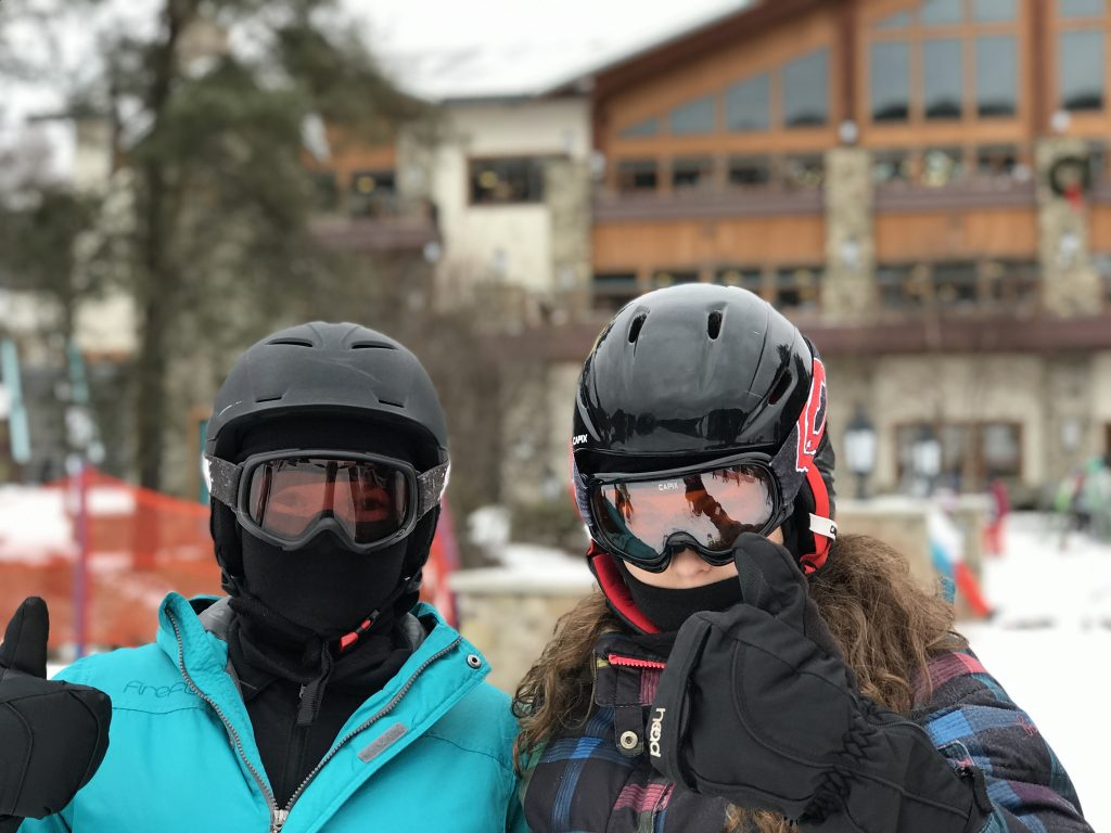 skiing_two_teens_ellicottville_NY